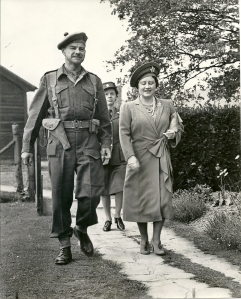 Lt. Col, Stuaqrt S.T. Cantlie and  Queeen Elizabetrh, The Queen Mother (Circa 1942)